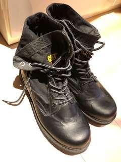 CAT黑色男靴