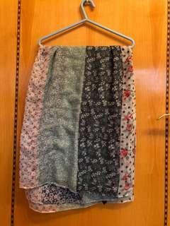 Flower pattern scarve