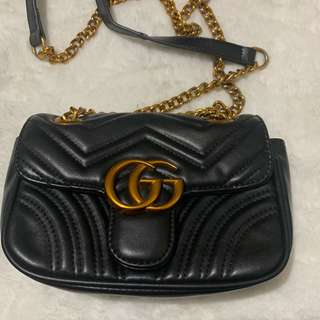 f5d297aaa79 gucci sling bag (authentic)