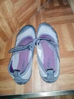 Merelle sport shoes