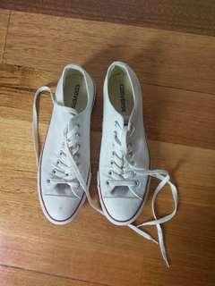 White Converse Chuck's Lace Ups