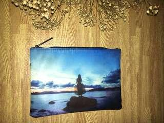 Artistic pouch