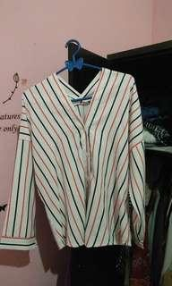 striped shirt (kemeja bergaris)