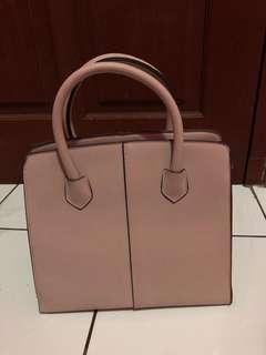 berskha women bag