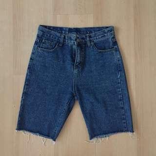 🚚 深藍色五分短褲