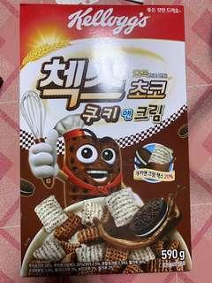 Korea cereal cookie and cream