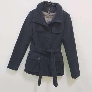 《台中》H&M 深藍外套