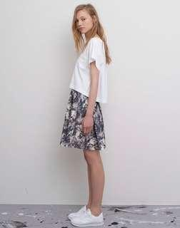 🚚 pull & bear floral midi skirt BN authentic