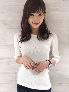 🚚 日本 Dazzlin 直條壓紋白色上衣