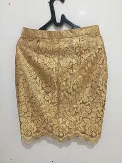 Lace Skirt gold