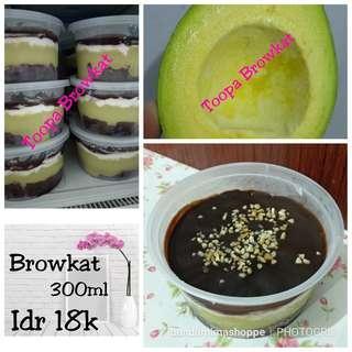 browkat Brownies Alpukat cup