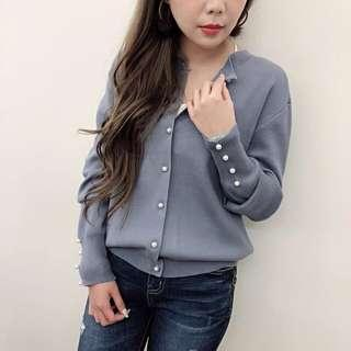 🚚 正韓 全新珍珠釦針織罩衫-藍