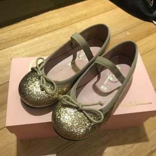 Authentic Almost New Pretty Ballerinas Angel Oro Gold Glitter Patent Ballet Flats