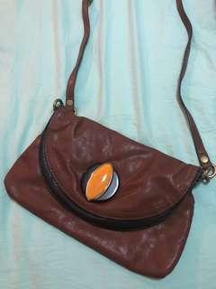 🚚 Ninewest sling bag