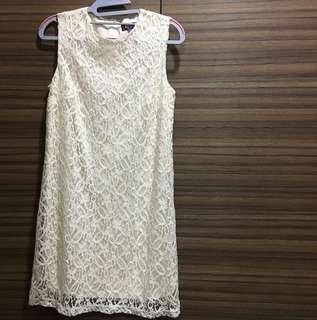 In City Simple White Lace Dress