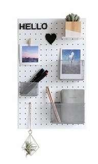 Pegboard Metal Set with Accesories Included