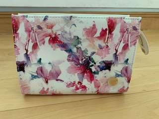 Forever New Pouch (BNWT)