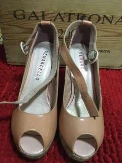 🚚 Platform heels