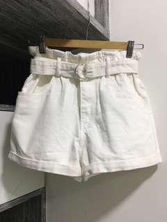 6IXTY8IGHT White Denim Shorts