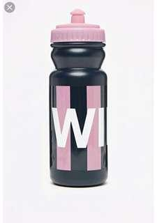 🚚 Jack wills Cleveland water bottle