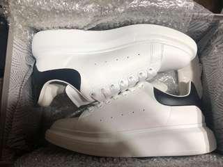 🚚 Alexander mcqueen 經典白鞋