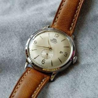 [BNIB] Orient Bambino Small Seconds Automatic Champagne Dial RA-AP0003S10B Mens Watch