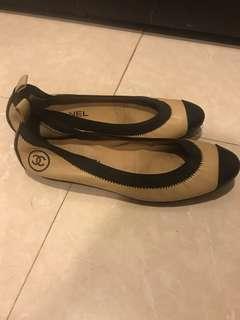 🚚 Chanel經典配色娃娃鞋
