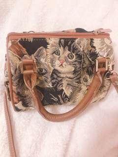 日本買 貓咪繡線印花細兩用袋 絕版
