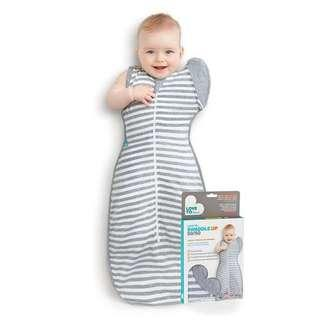 Love to dream swaddle UP 50/50 in Large (grey striped)