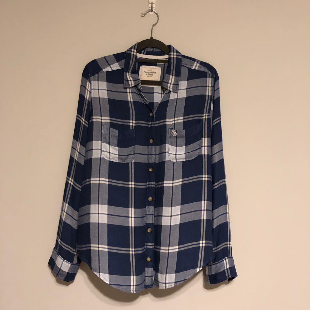 Abercrombie & Fitch Blue Plaid Shirt (Women's)