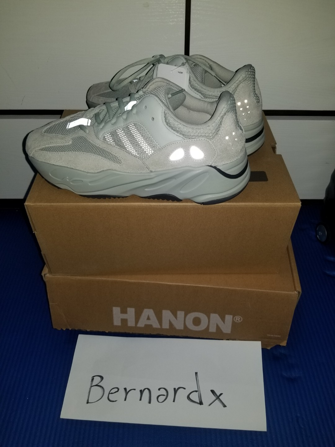 new products 3c9f4 8563a adidas yeezy boost 700 salt us9