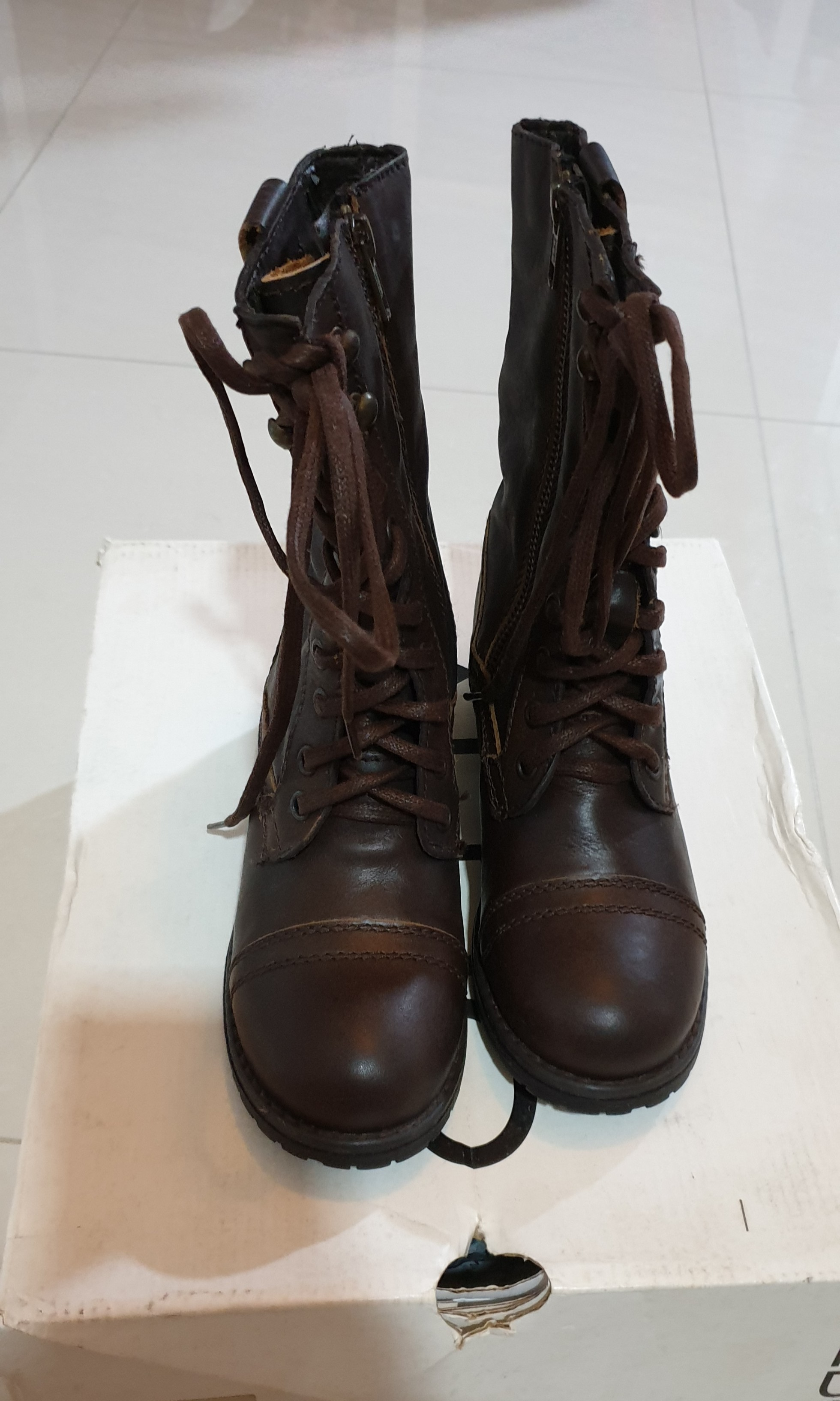 06567494c87 Aldo Leather boots, Women's Fashion, Shoes, Boots on Carousell