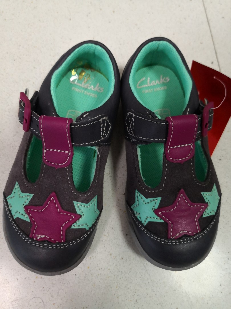 dabaf50d Brand new Clarks leather shoes for children kids