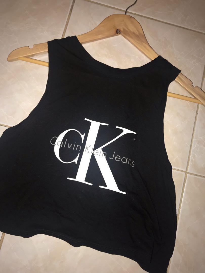 Calvin Klein Crop