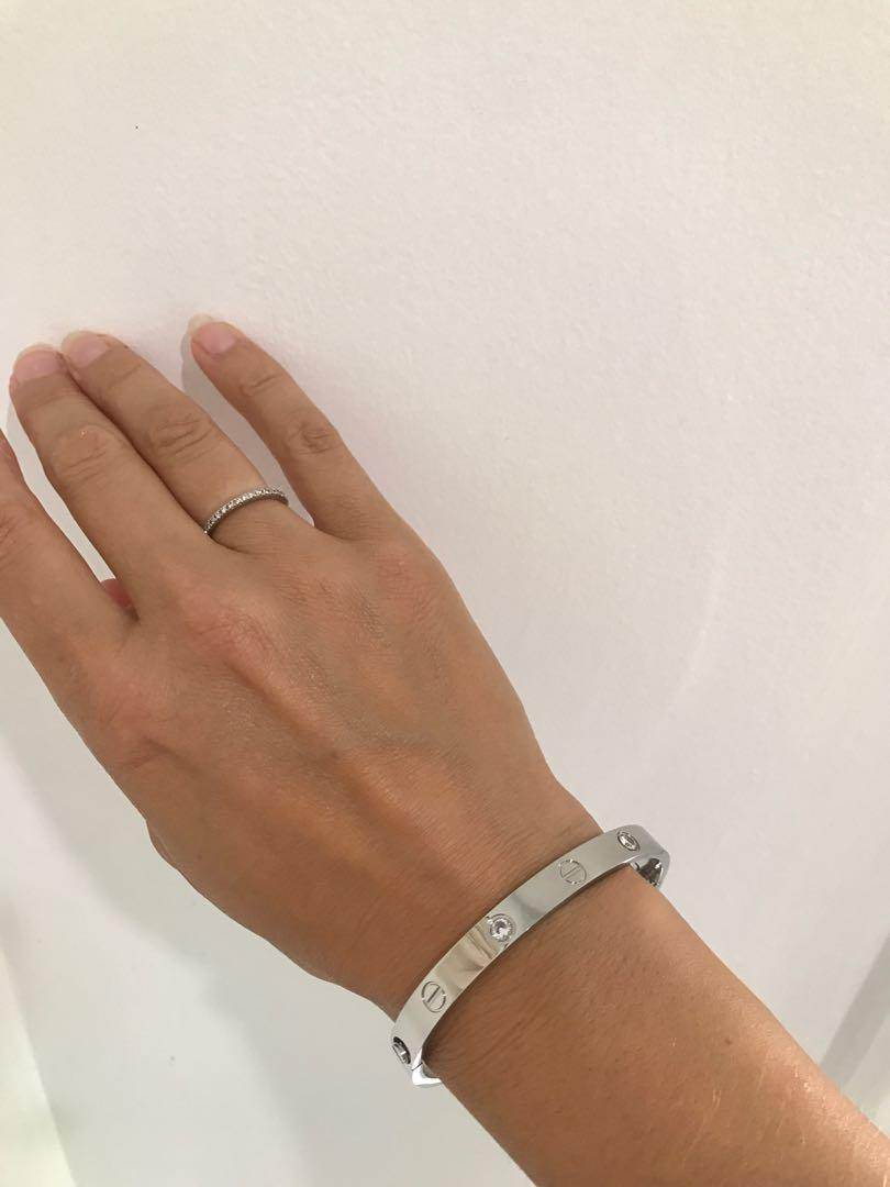 Cartier love bracelet replica