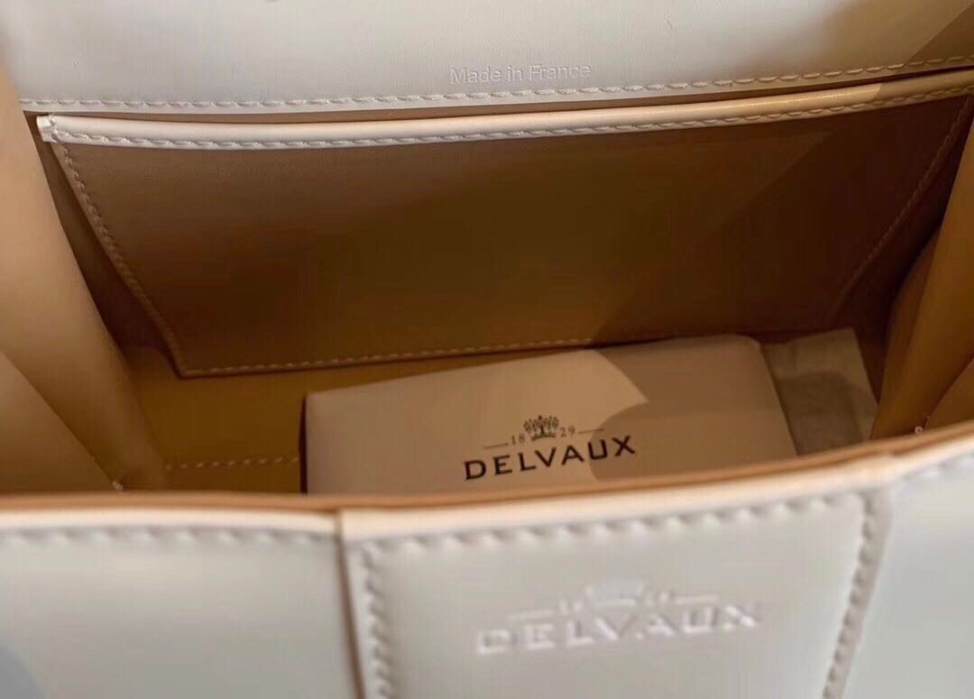 08467af93b Delvaux brilliant white bag, Luxury, Bags & Wallets on Carousell