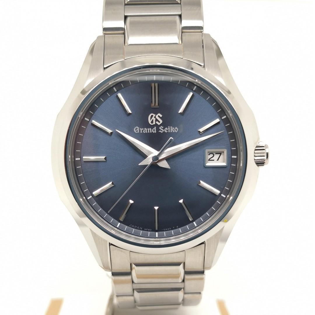 the best attitude c4bf9 e1bb8 Grand Seiko SBGV 235, Luxury, Watches on Carousell