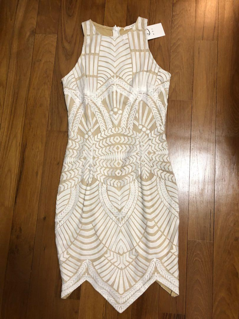 MDS white embroidered bodycon - XS