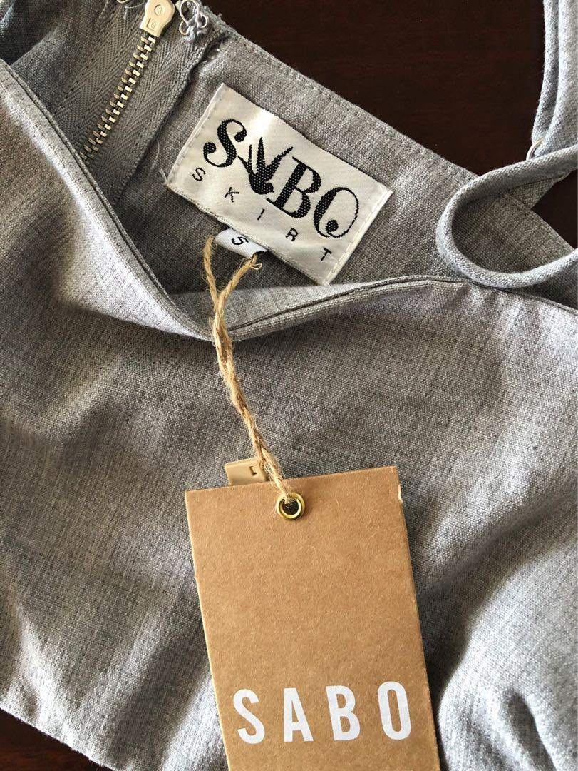 SABO SKIRT - Grey Crop