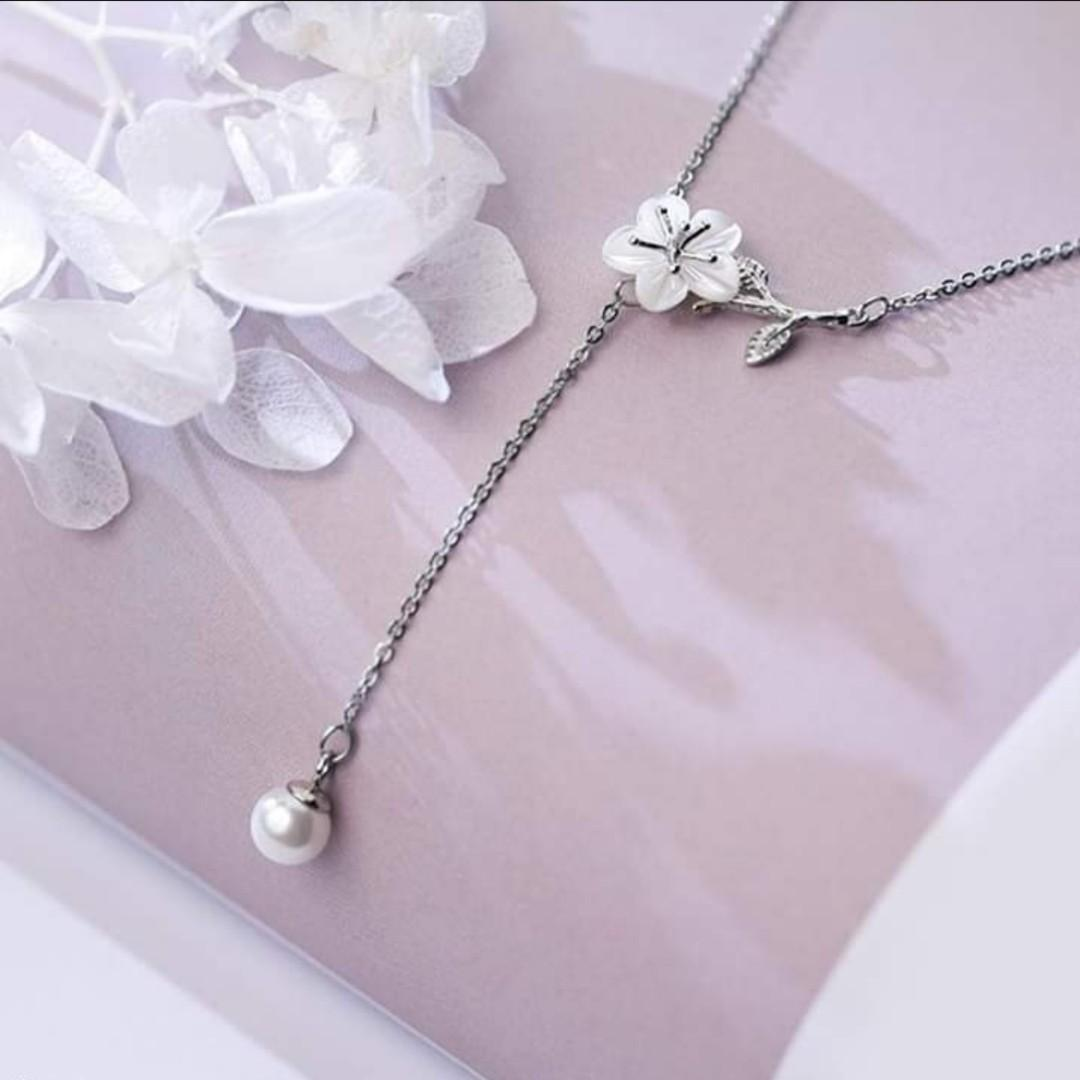 Sweet Flower Shell Pearl 925 Stamp Sterling Silver Necklace - Brand new