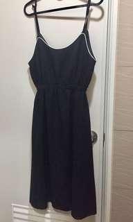 🚚 👘黑色連身吊帶裙