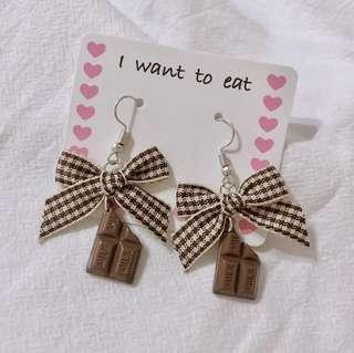 🚚 蝴蝶結巧克力塊耳環