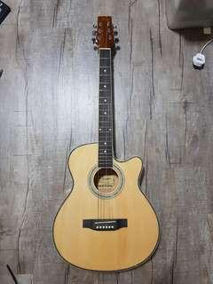 🚚 Acoustic Guitar