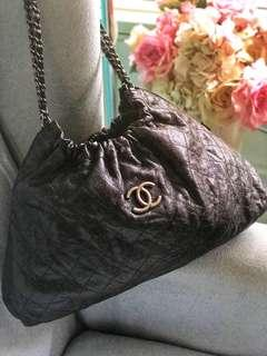 Authentic Chanel Glazed Caviar Quilted Elastic Shoulder Tote Bag