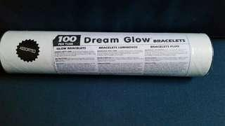100 glow sticks