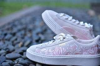PUMA Suede Shoes sz 38
