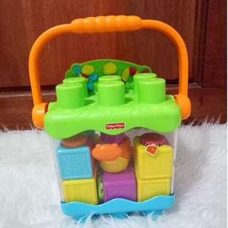 Fisherprice Stacking Surprice
