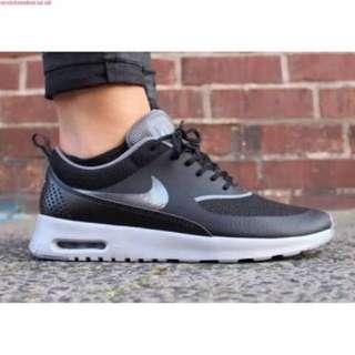 Nike Thea Black Grey Silver
