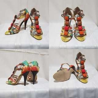 Wittner Coloured beaded heels