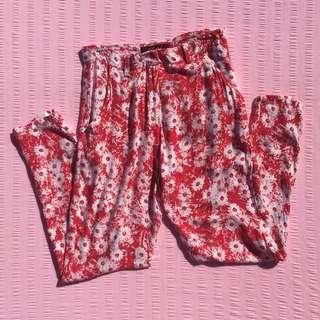 MOTEL red daisy casual tapered pants
